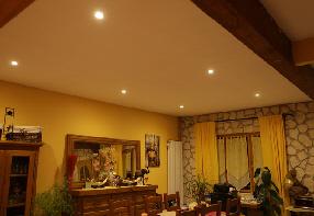 Technoled spot plafond for Spot plafond salon
